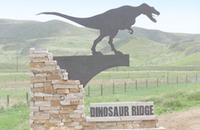 Site dinosaur-ridge sign